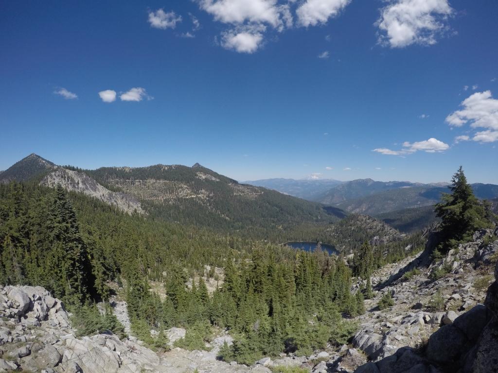 Pogled s uspona prema zapadu nakon opožarenog dijela