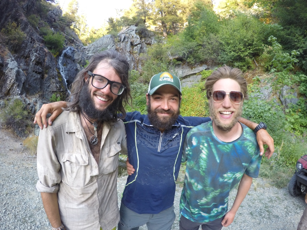 Dirty B i Tobias - Dirtybias. Jako dobri dečki, zafrkanti i super hikeri. Uvijek bi se dobro našalili kada bi ih Jeff i ja ujutro zatekli na buđenju.