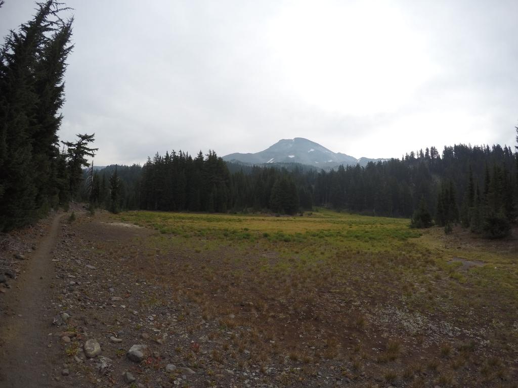 Jedan od tri Sisters planina....zaboravih koja, mislim da je middle :)