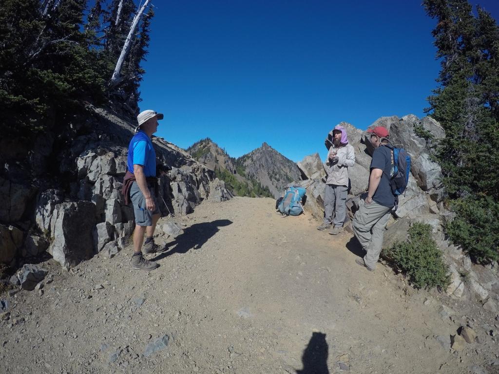 Na Chinook Passu je bilo nešto day hikera, ali i Dangerous Dave (s ljubičastom bandanom)...